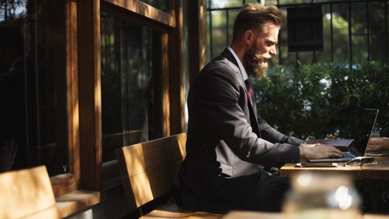 Savoir-vivre dla firm. Kilka zasad biznesowych