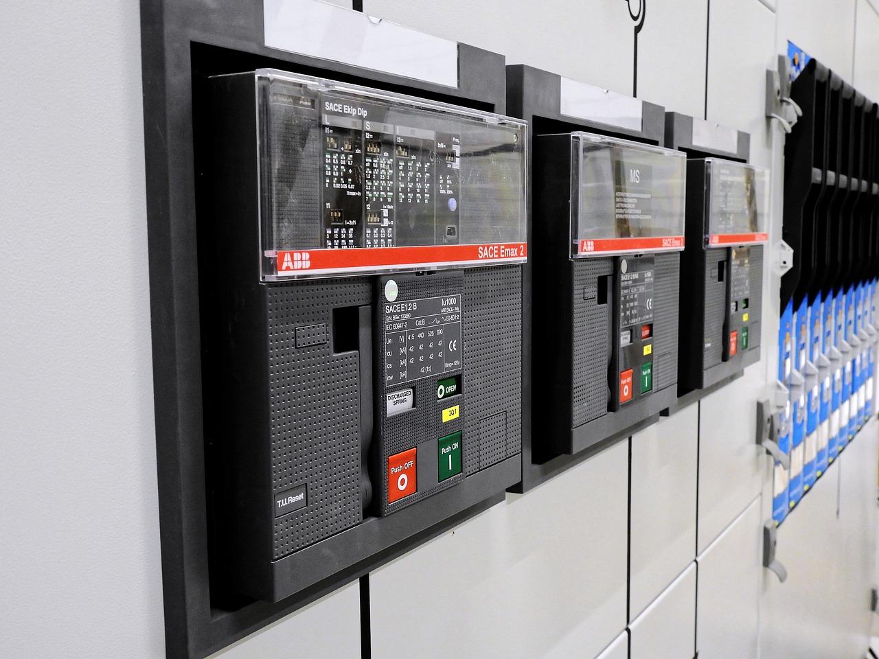 Kursy energetyczne – po co i dla kogo?