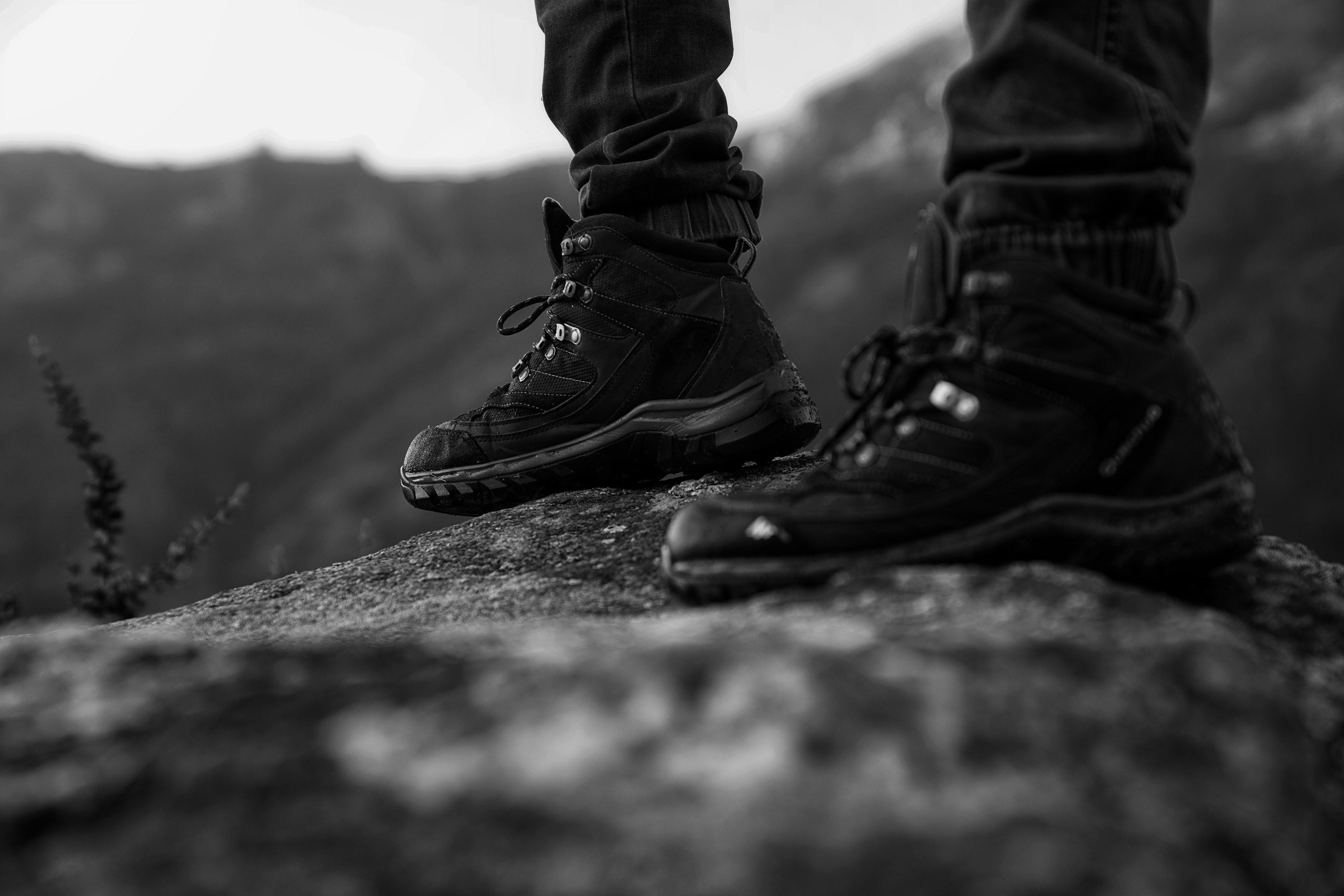 Buty Protektor Grom – o najważniejszych cechach funkcjonalności butów taktycznych