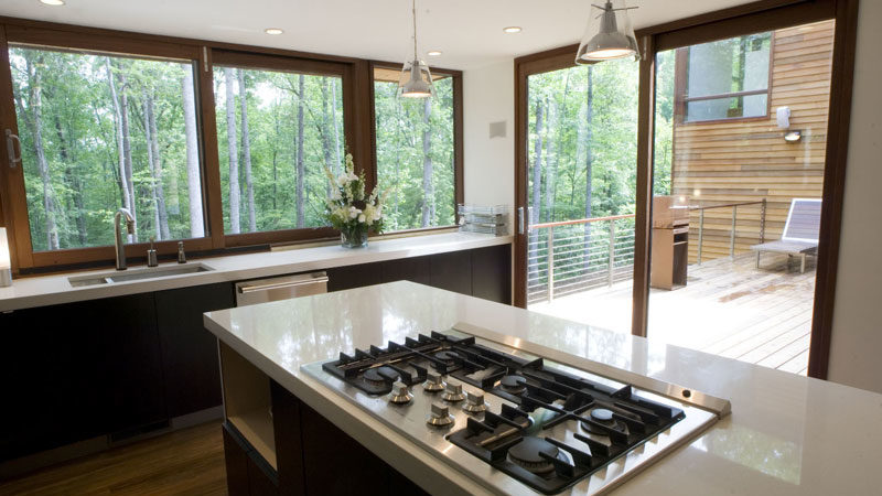 Blaty kamienne do kuchni. Jaki kuchenny blat granitowy wybrać? Cena i opinie