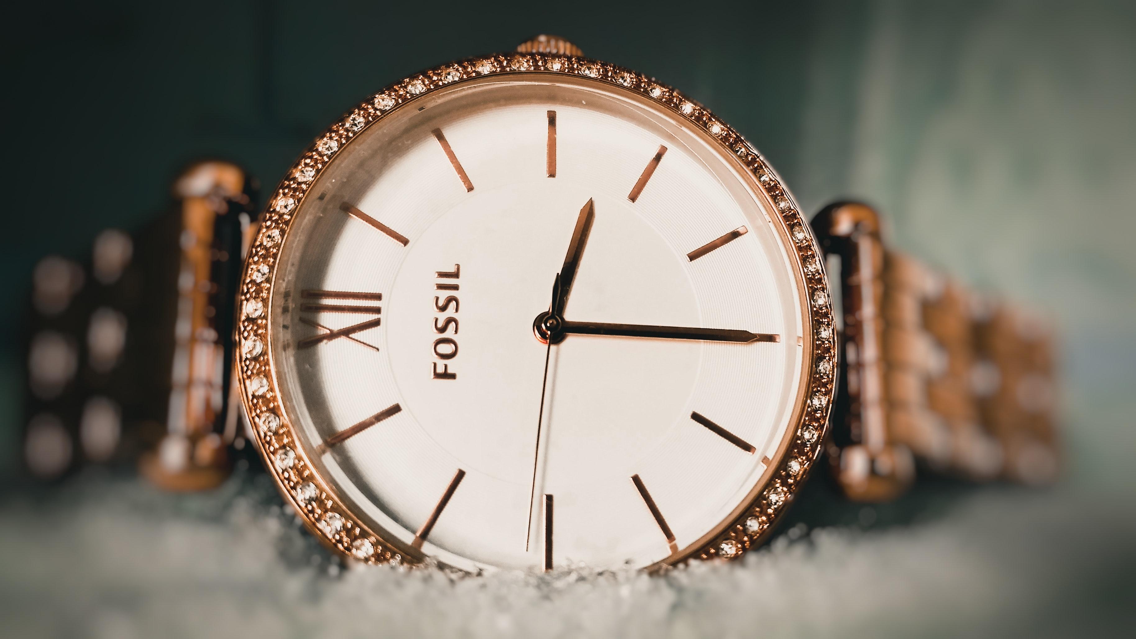 Zegarki tanie — nie przepłacaj za markowe zegarki