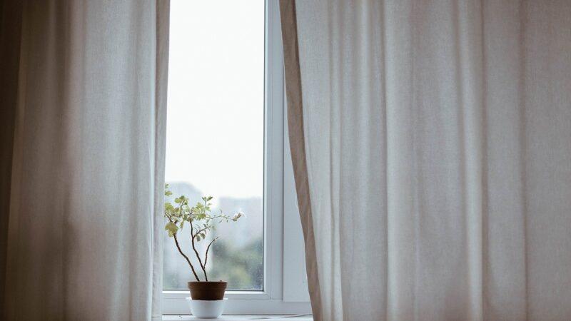 Serwis okien Kraków, czyli kiedy wezwać fachowców do naprawy okna
