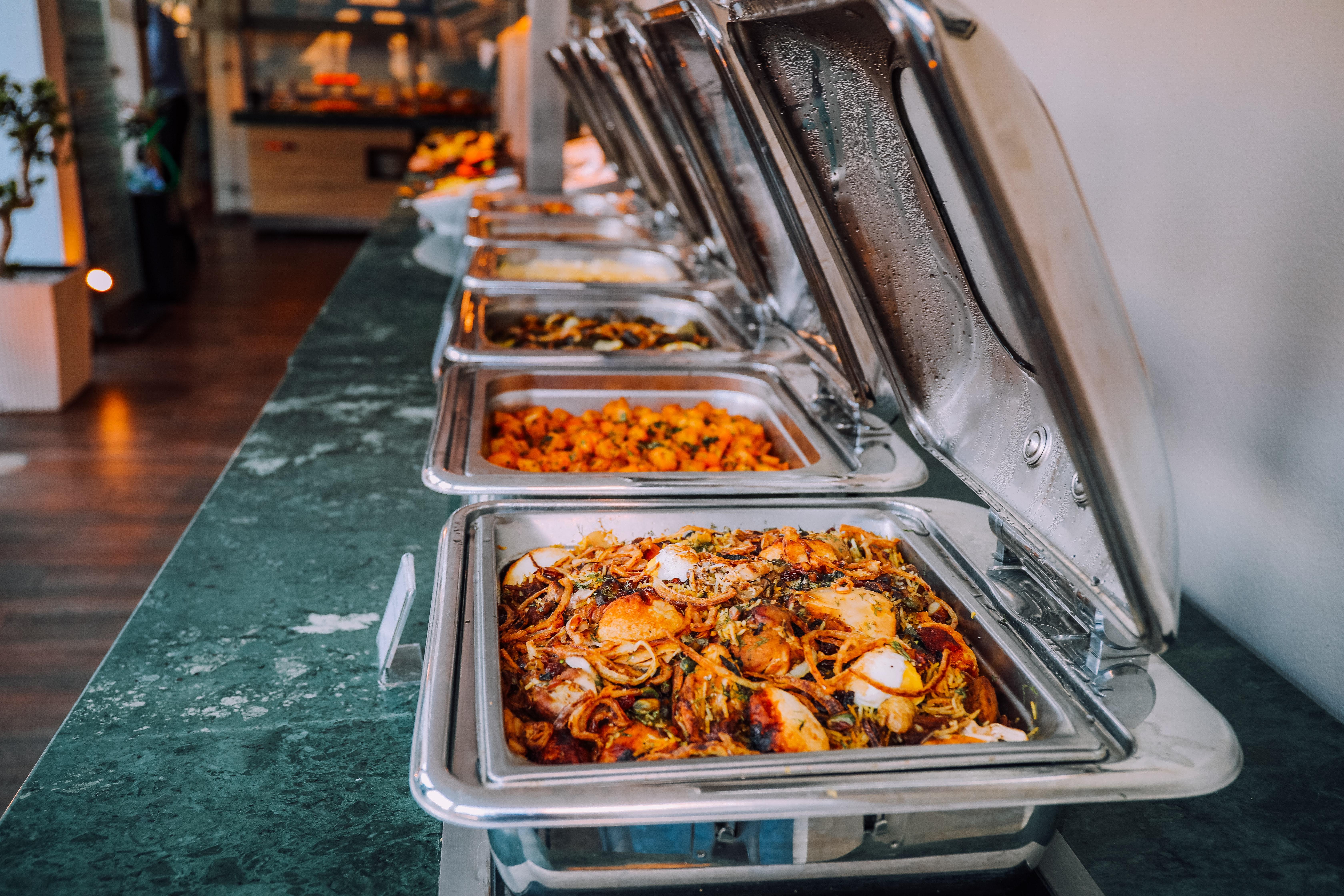 Catering Piotrków Trybunalski – kiedy warto korzystać z usług cateringowych